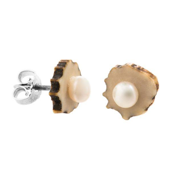 BELLALUI – Hornohrring mit Perle